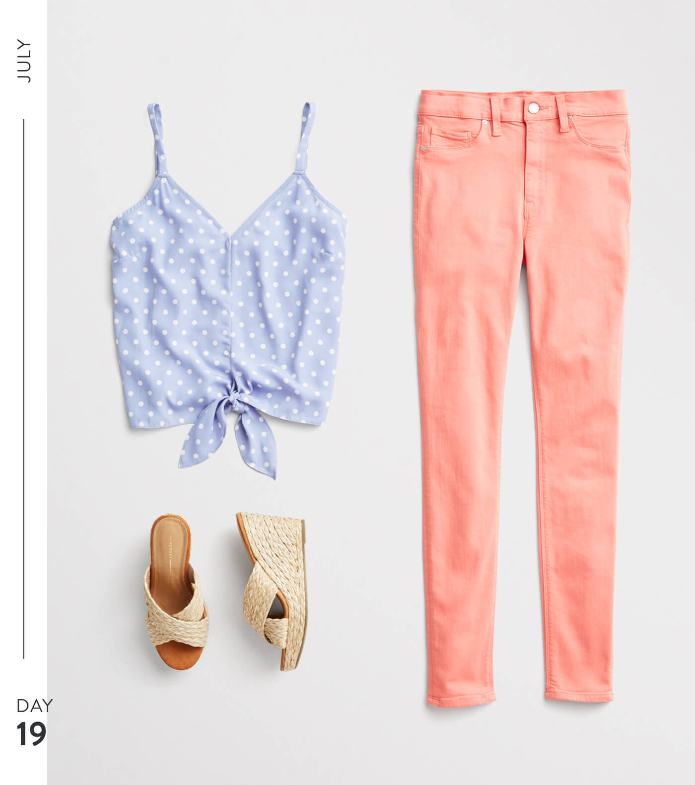 T3_W19_BLG_July-Month-of-Outfits-_357260432_19