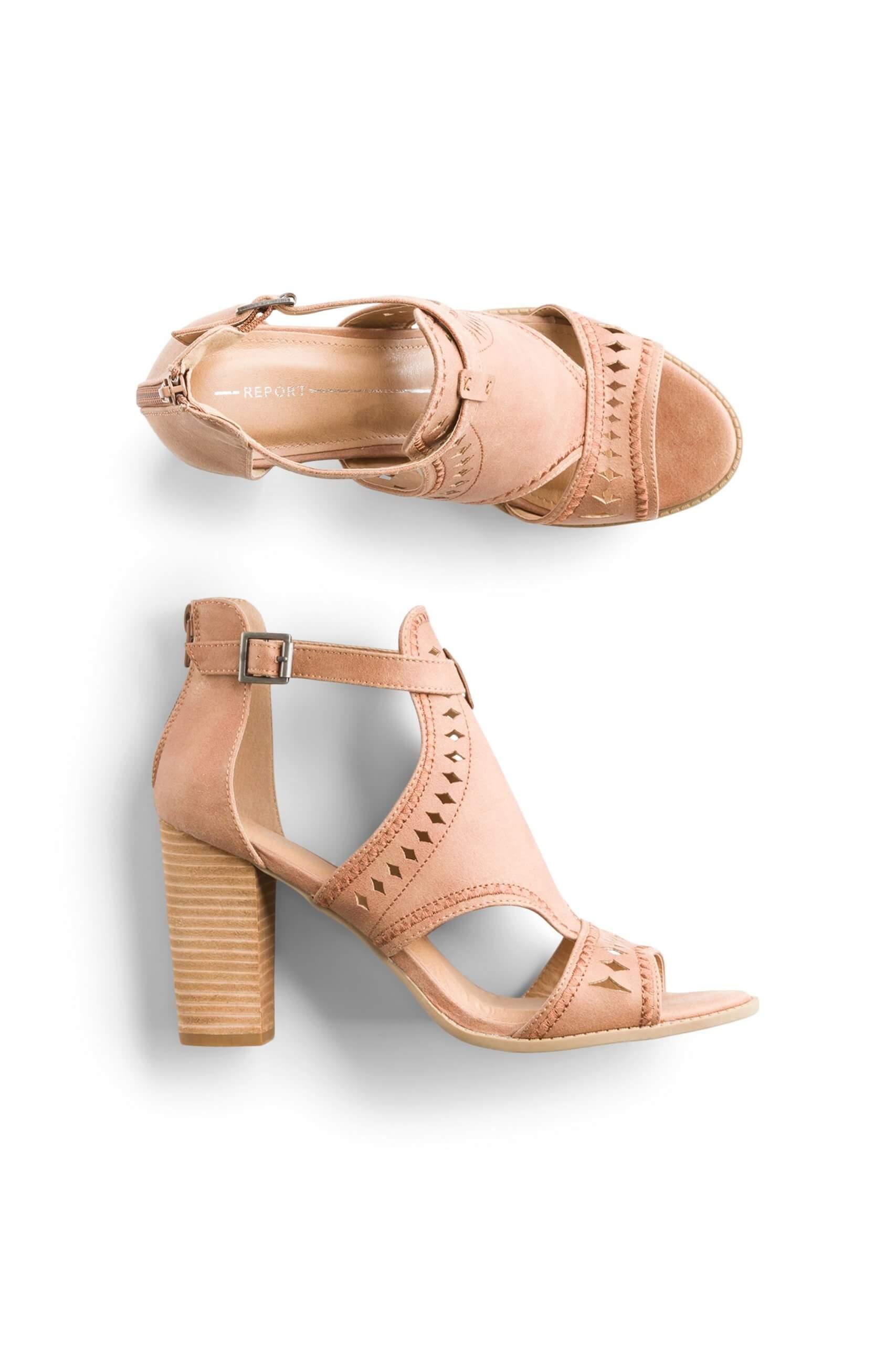Stitch Fix Women's tan block-heel sandals.