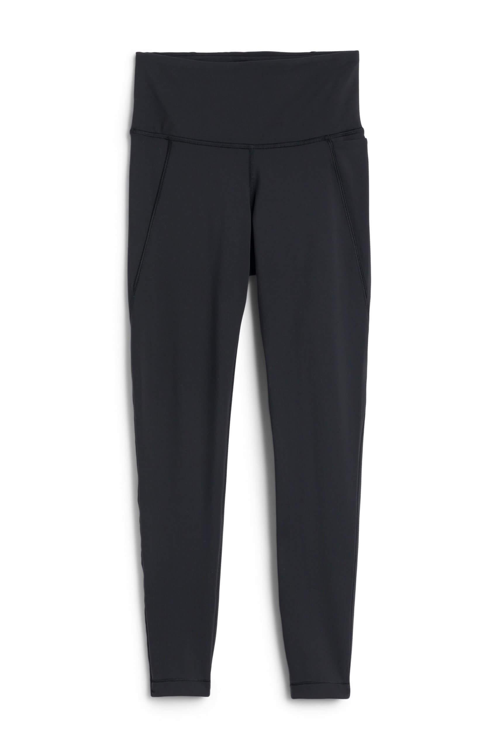 Stitch Fix Women's black leggings.