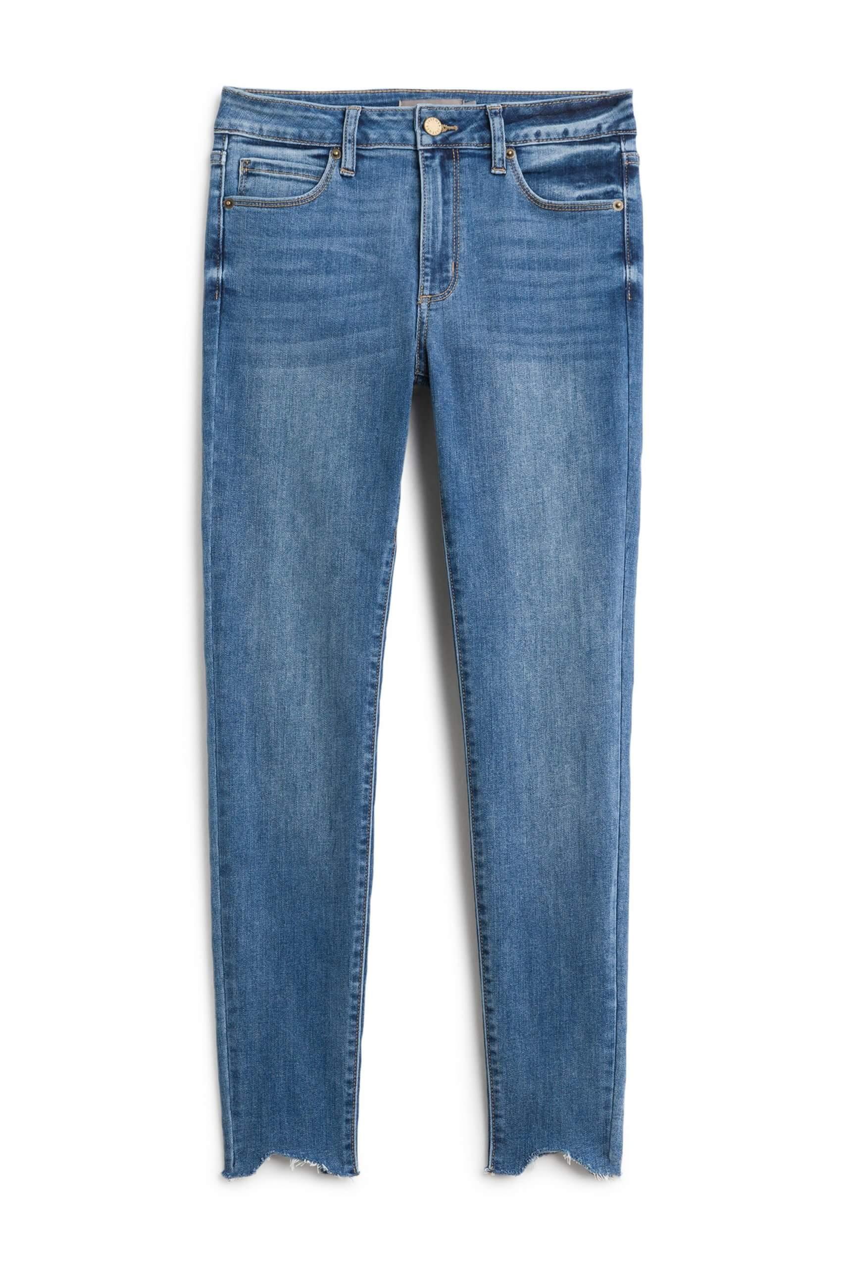 Stitch Fix Women's blue skinny jeans.