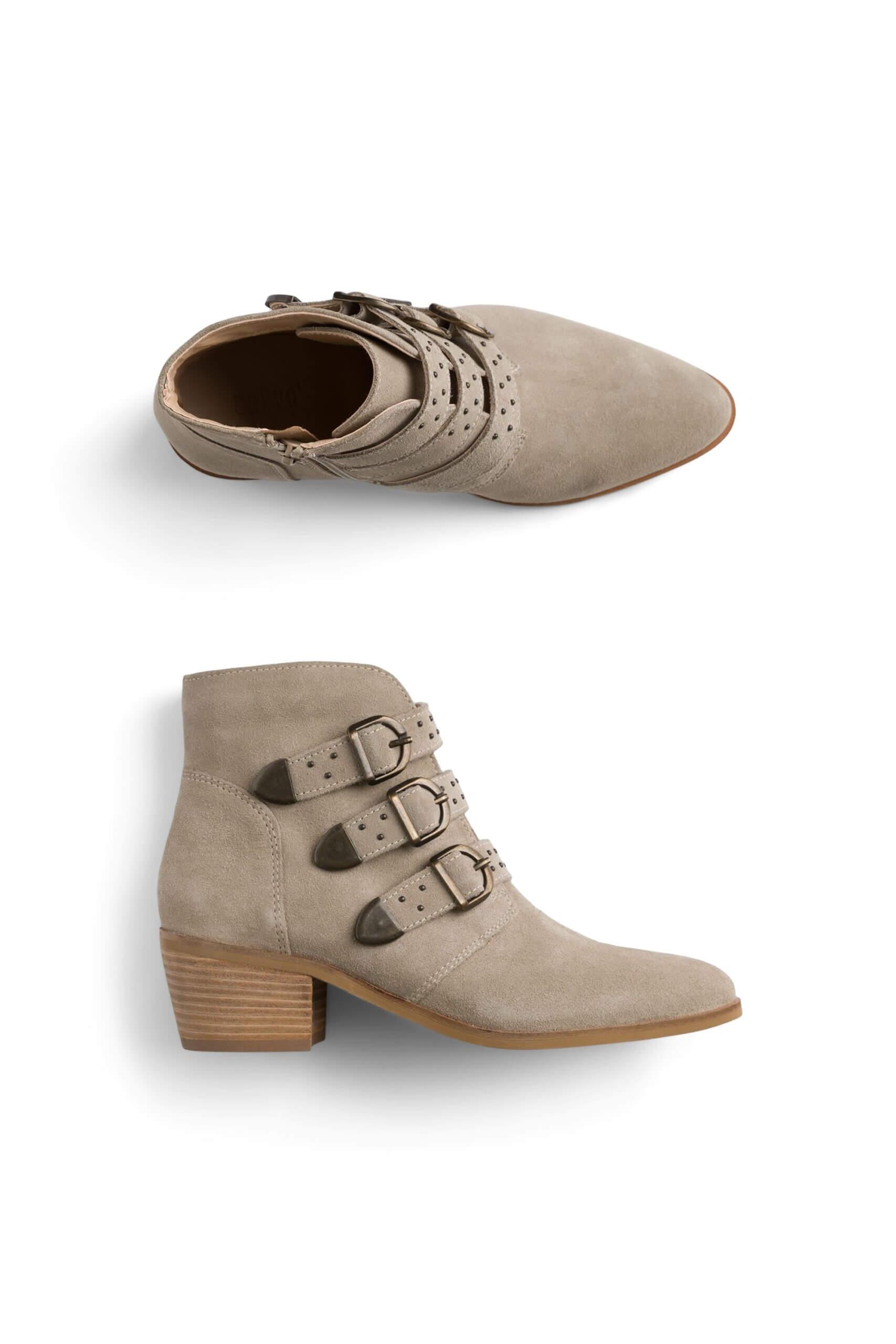 Stitch Fix Women's taupe low block heel booties.